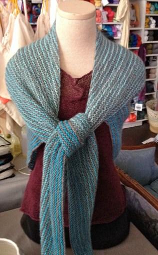 cephalopod yarns gradient kit bugga shawl