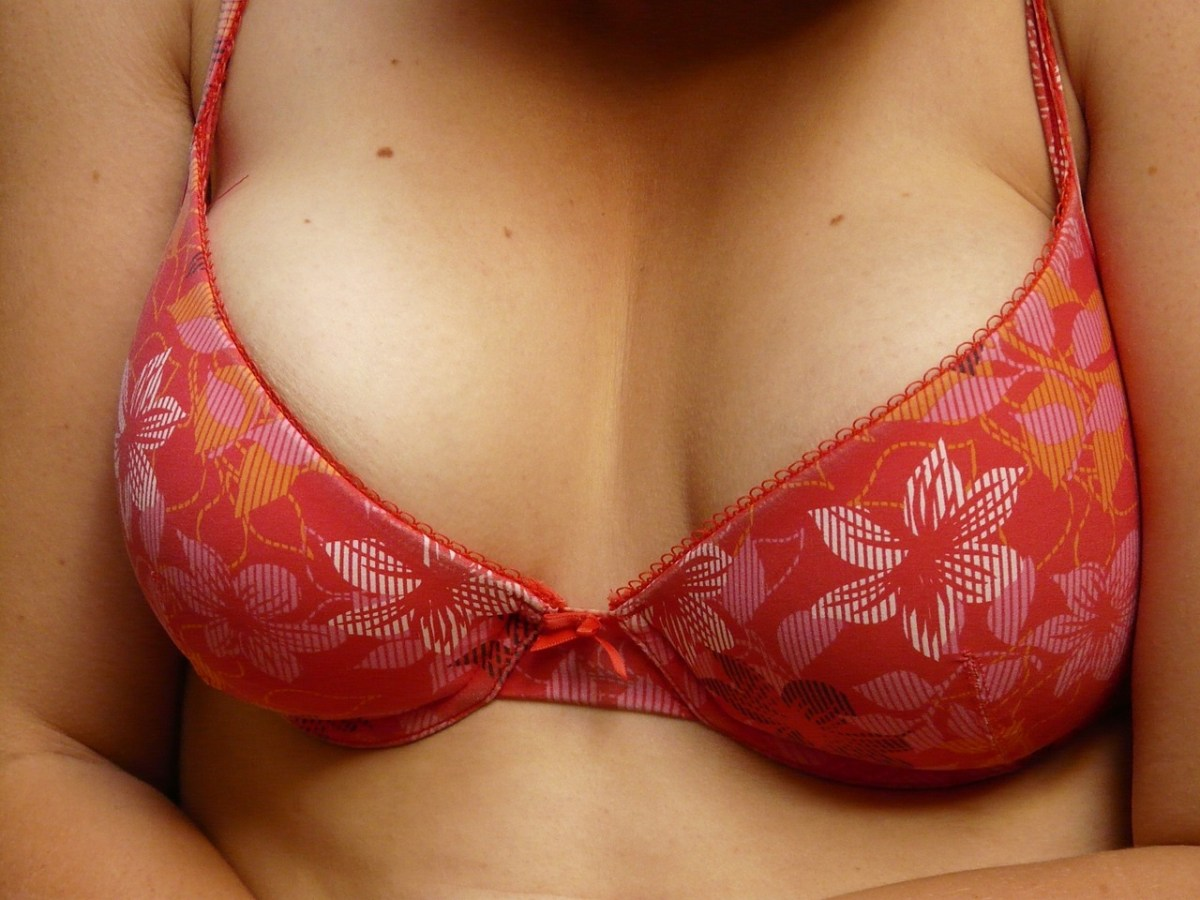 Get Rid of Small Breast Size & Increase It Naturally at Home