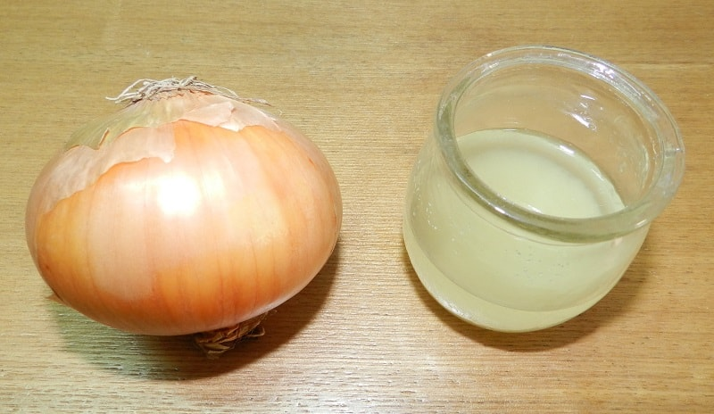 To Start You Can Use Onion Juice Once A Week On Your Scalp Help Improve Upon How Hair Naturally Grows With This Blend And Squeeze Out