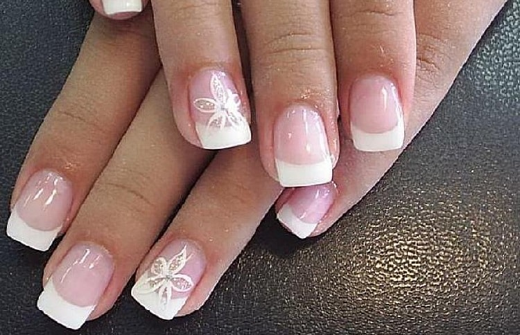 How to Remove Acrylic Nails (Using Acetone or Not) at Home