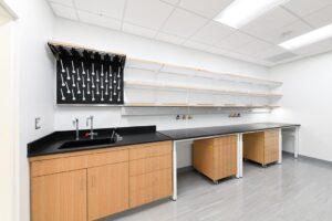 Foit-Albert Laboratory - UB SMBS