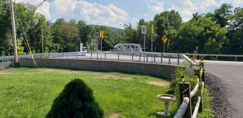 Shady-Tree-Bridge-over-Cobleskill-Creek-03