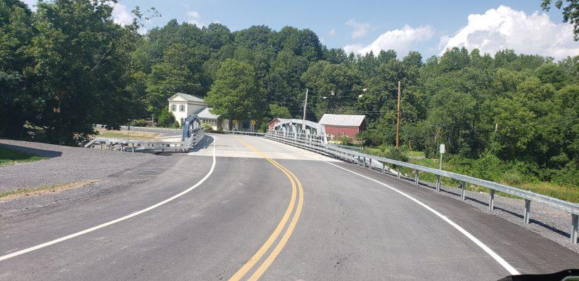Shady-Tree-Bridge-over-Cobleskill-Creek-04