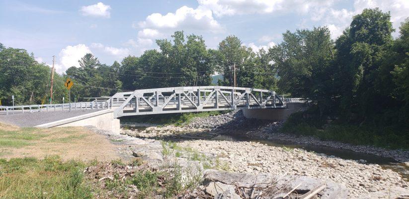 Shady-Tree-Bridge-over-Cobleskill-Creek-05