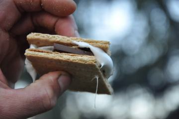 A s'more.