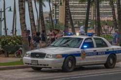 fokopoint-3390 Hurricane Lane in Waikiki before arrival