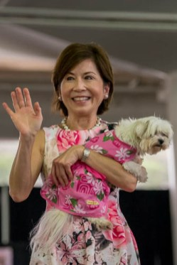 fokopoint-4030 Celebrities and Their Pets Fashion Show
