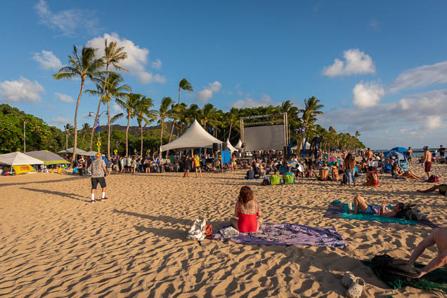 in-southern-sun-2019-queens-beach-waikiki-honolulu-fokopoint-7815 In the Southern Sun at Queen's Surf Beach