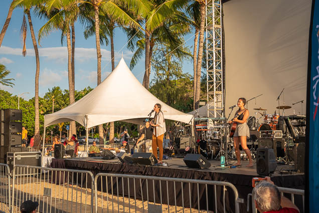 in-southern-sun-2019-queens-beach-waikiki-honolulu-fokopoint-7827 In the Southern Sun at Queen's Surf Beach