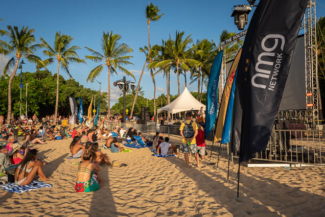 in-southern-sun-2019-queens-beach-waikiki-honolulu-fokopoint-7828 In the Southern Sun at Queen's Surf Beach