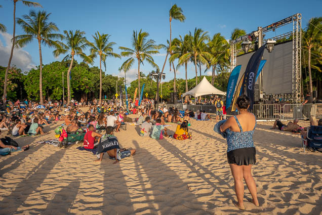 in-southern-sun-2019-queens-beach-waikiki-honolulu-fokopoint-7830 In the Southern Sun at Queen's Surf Beach
