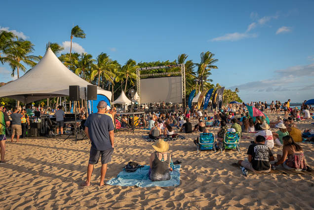 in-southern-sun-2019-queens-beach-waikiki-honolulu-fokopoint-7834 In the Southern Sun at Queen's Surf Beach