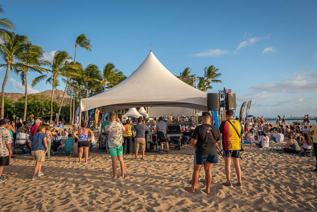 in-southern-sun-2019-queens-beach-waikiki-honolulu-fokopoint-7835 In the Southern Sun at Queen's Surf Beach