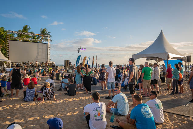 in-southern-sun-2019-queens-beach-waikiki-honolulu-fokopoint-7838 In the Southern Sun at Queen's Surf Beach