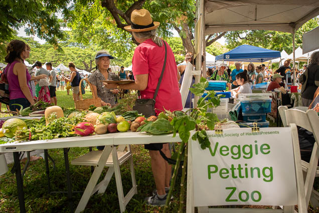 veggie-petting-zoo-vegfest-oahu-fokopoint VegFest Oahu 2019