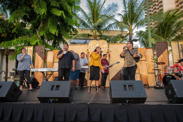 waikiki-hoolaulea-2009-honolulu-fokopoint-9261 67th Annual Waikiki Hoolaulea