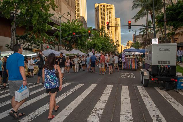 crosswalk-waikiki-bazaar-festival-2019-fokopoint-1233 Waikiki Bazaar Festival