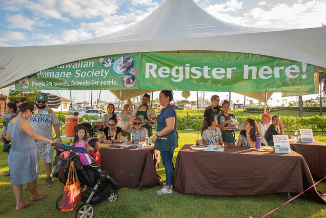 hawaiian-humane-society-registration-booth-petblock-paina-fokopoint-1426 PetBlock Paina at Victoria Ward Park