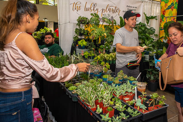 hobby-planter-honolulu-fokopoint-1162 Food and New Product Show at the Blaisdell