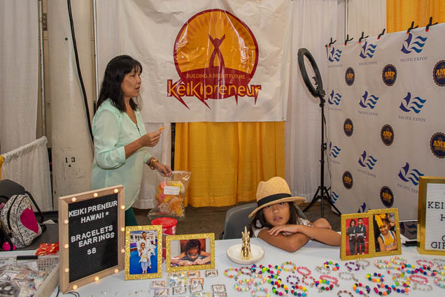 keikipreneur-hawaii-fokopoint-1145 Food and New Product Show at the Blaisdell