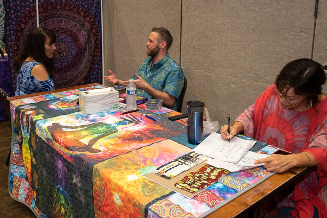 organic-holistic-metaphysical-expo-honolulu-2019-fokopoint-1092 Organic Holistic & Metaphysical Expo