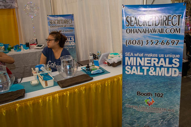 seacret-minerals-salt-mud-honolulu-fokopoint-1184 Food and New Product Show at the Blaisdell