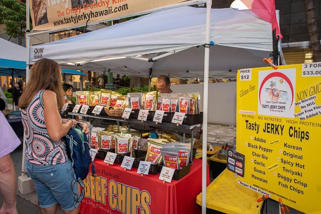 tasty-jerkey-hawaii-chips-fokopoint-1221 Waikiki Bazaar Festival