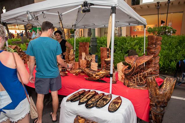 wood-carvings-waikiki-bazaar-festival-2019-fokopoint-1215 Waikiki Bazaar Festival