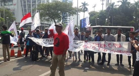 Aksi Bela Rakyat Gorontalo Utara Kembali Geruduk Kantor Toba Bara dan Istana Negara