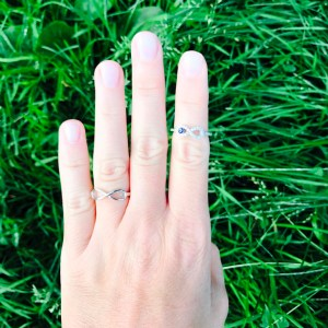 Inel Infinit cu cristale si ochisor protector