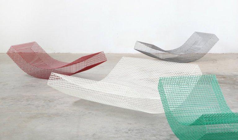 muller-van-severen-wires-chair-biennale-interieur-kortrijk-designboom-004