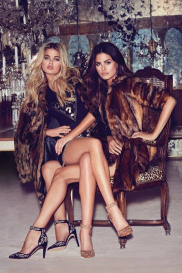 holiday_2016_guess_accessories_collection_advertising_campaign_f2