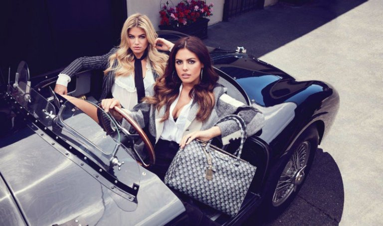 holiday_2016_guess_accessories_collection_advertising_campaign_f7b