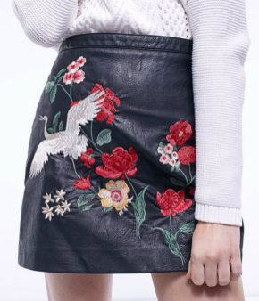 EMBROIDERED LEATHER LOOK SKIRT strad 3990