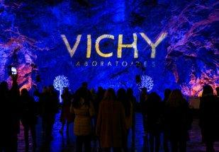 Vichy_Postojnska jama_Slovenija_predstavljanje inovacije Mineral 89_05