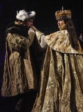Ian Merrill Peakes as Henry and Karen Peakes and Anne Boleyn in Henry VIII. Photo by Carol Pratt
