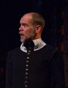 Louis Butelli as Amias Paulet.