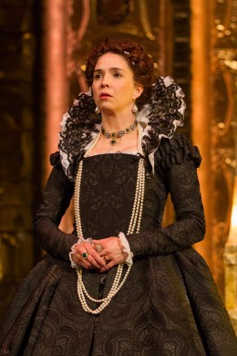 """Holly Twyford as Elizabeth I in Schiller's """"Mary Stuart"""" directed by Richard Clifford. Folger Theatre, 2015. Photo by Teresa Wood."""