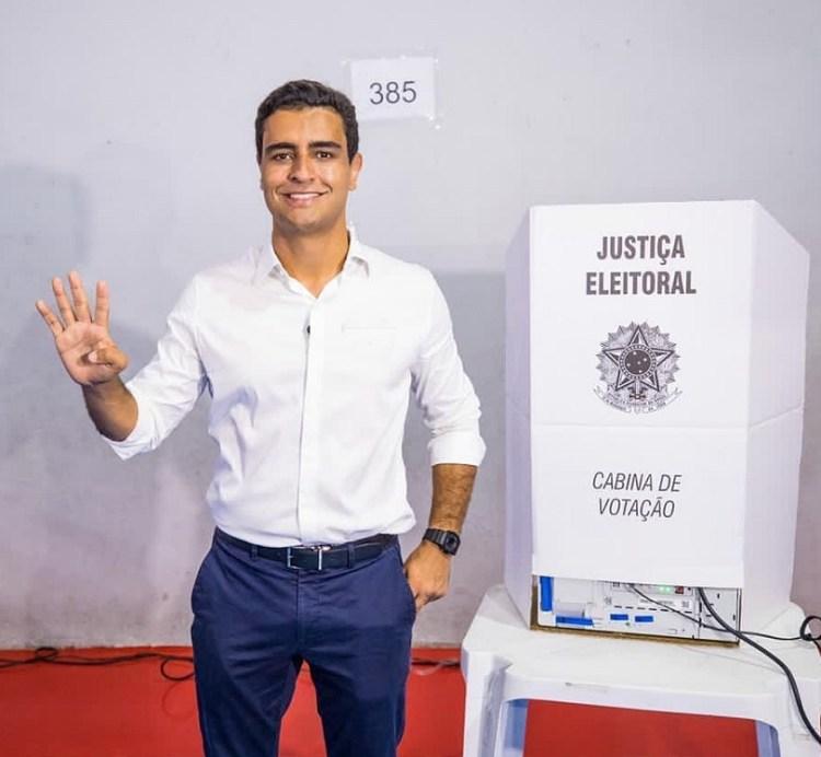 JHC é eleito prefeito de Maceió aos 33 anos