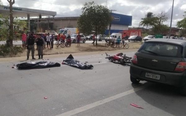 Pai e filho morrem atropelados na BR-104, em Rio Largo