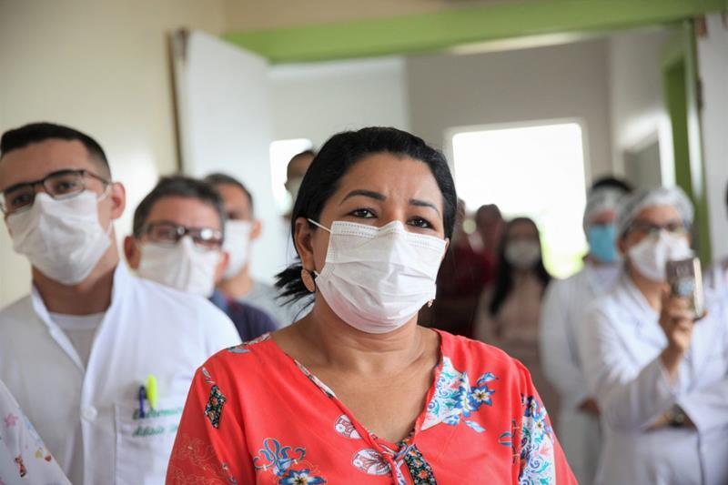 Pelo menos 11 pessoas estavam sendo internadas na UPA com Covid-19 e com sintomas da doença/Foto: Odair Leal/Secom