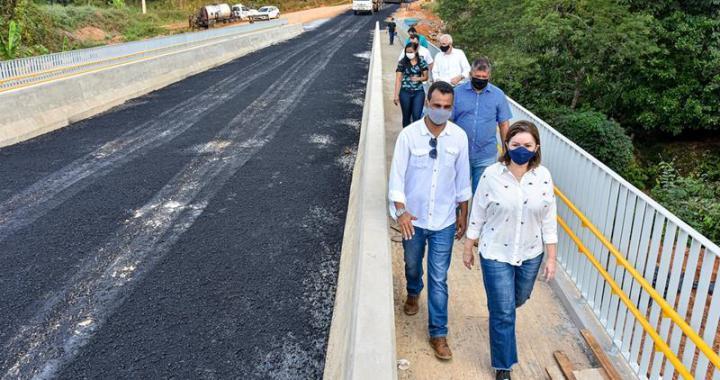 _ Prefeita vistoria obras de infraestrutura (Fotos Fagner Delgado) (2) (Copy)