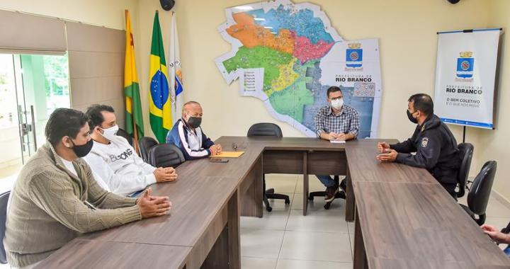 _ Reunião com Federação Acreana de Futebol (Fotos Fagner Delgado) (1) (Copy)