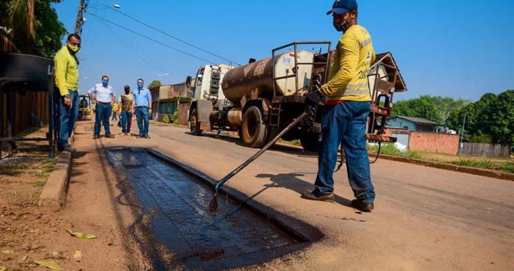 Com apoio da Funtac Prefeitura vistoria obras de pavimentação na Cadeia Velha (Fotos Assis Lima) (10) (Copy)