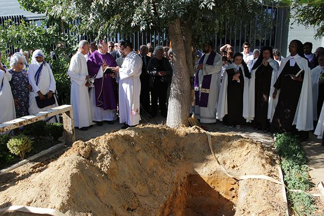 Funeral_irma_maria_carmo_madre_fundadora_carmelo_algarve-35