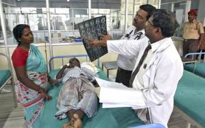 Após ver cura de pastor, médicos e enfermeiros hindus se entregam a Jesus
