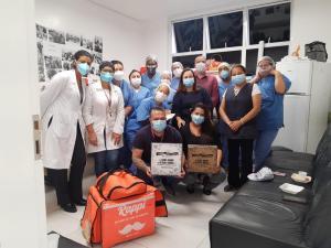 Na Semana da Enfermagem, Pastel do Tadao doa 200 pastéis ao PA do Paulista