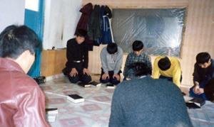 """Missionários enviam Bíblias à Coreia do Norte durante a pandemia: """"Deus abre o caminho"""""""