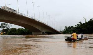 Rio Acre transborda e famílias estão desabrigadas em Rio Branco