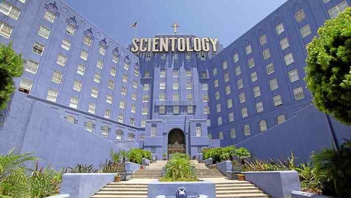 Cientologia é uma seita acusada de abortos, assédio moral e até abuso sexual